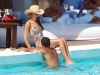 cheryl-cole-on-the-beach-in-costa-del-sol-13