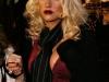 christina-aguilera-cleavage-candids-in-los-angeles-mq-05