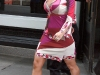 christina-aguilera-clevage-candids-in-new-york-05