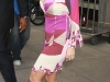 christina-aguilera-clevage-candids-in-new-york-08