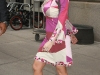 christina-aguilera-clevage-candids-in-new-york-11