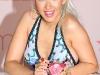 christina-aguilera-inspire-perfume-launch-at-macys-glendale-galleria-10