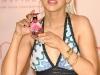 christina-aguilera-inspire-perfume-launch-at-macys-glendale-galleria-20