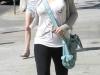 christina-aguilera-leggings-candids-in-beverly-hills-14