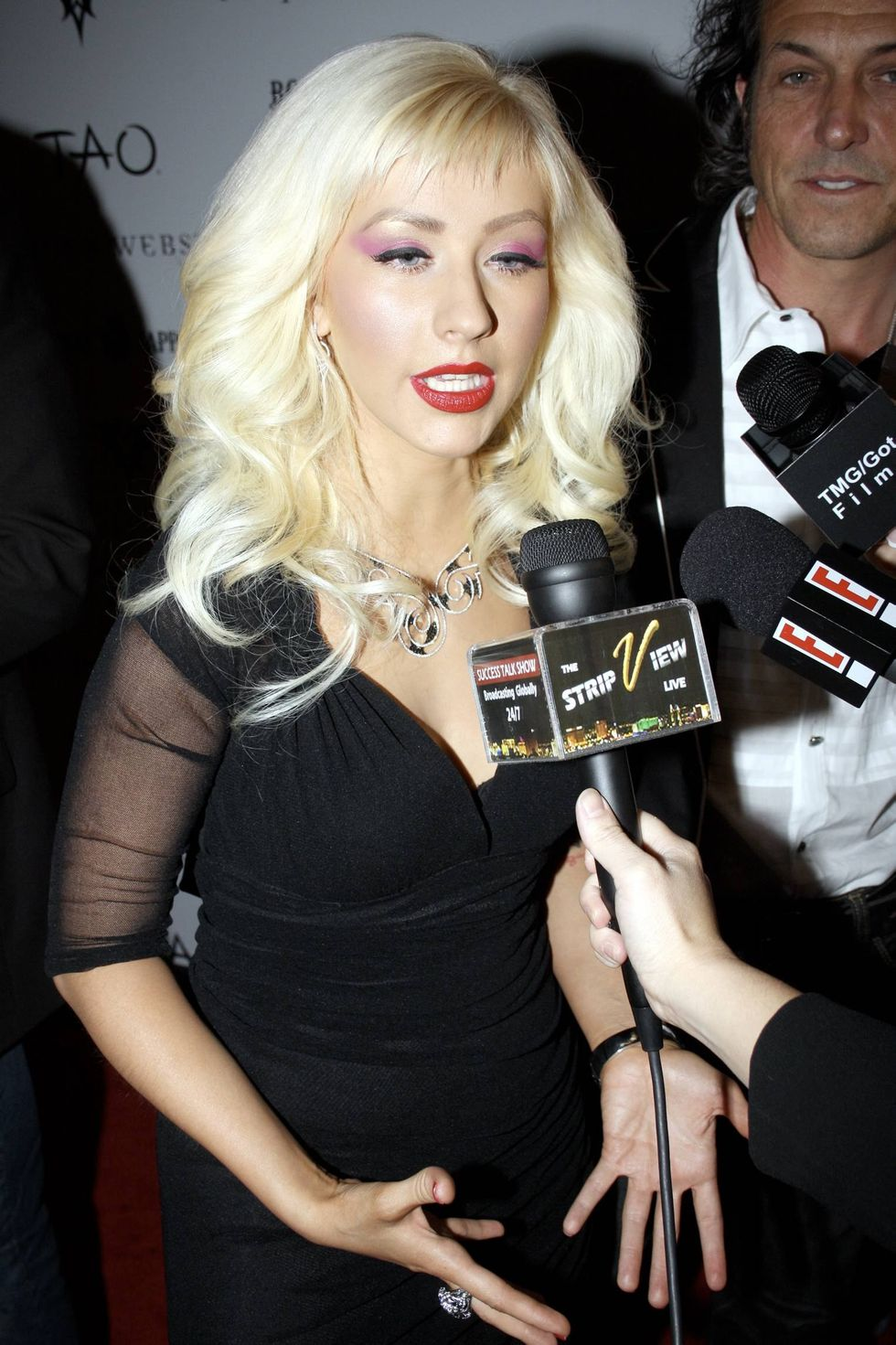 christina-aguilera-stephen-webster-2009-collection-launch-01