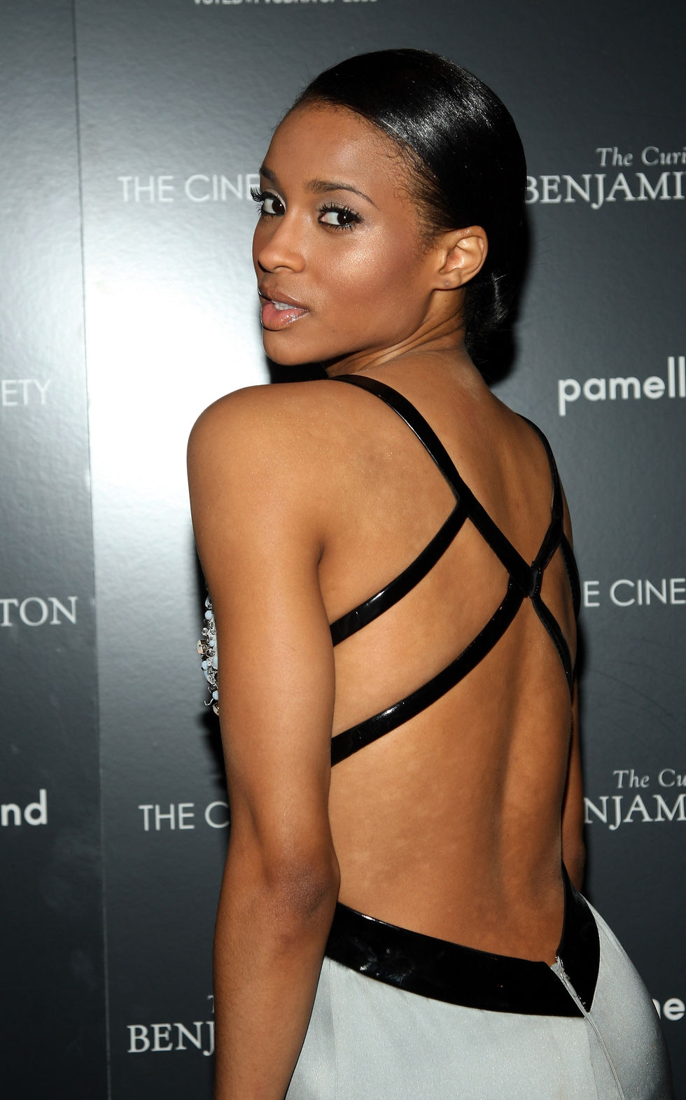 ciara-the-curious-case-of-benjamin-button-screening-in-new-york-01