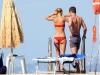 claire-danes-bikini-candids-in-ischia-04
