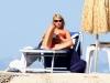 claire-danes-bikini-candids-in-ischia-05