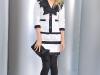 claudia-schiffer-chanel-haute-couture-fall-winter-2008-2009-fashion-show-09
