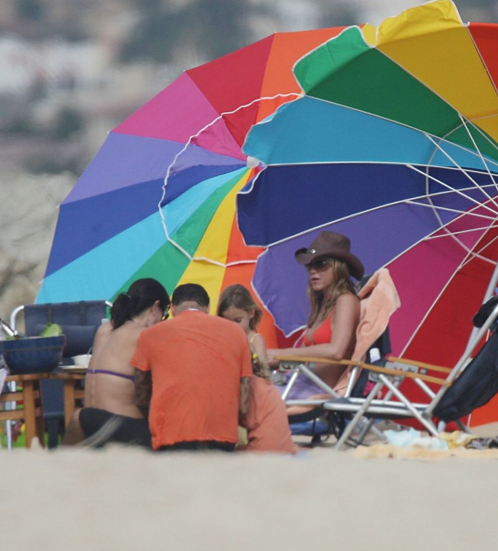 jennifer-aniston-and-courtney-cox-bikini-candids-at-the-beach-in-cabo-san-lucas-mq-01