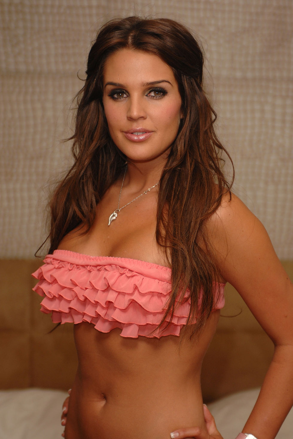 danielle-lloyd-promote-her-modelling-agency-in-london-01