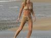 denise-richards-bikini-candids-in-hawaii-07