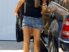 denise-richards-leggy-candids-in-los-angeles-08