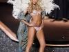 doutzen-kroes-2009-victorias-secret-fashion-show-15