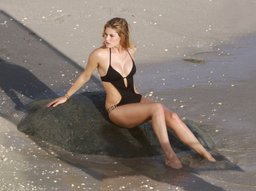 doutzen-kroes-victorias-secret-swimwear-photoshoot-in-st-barths-01