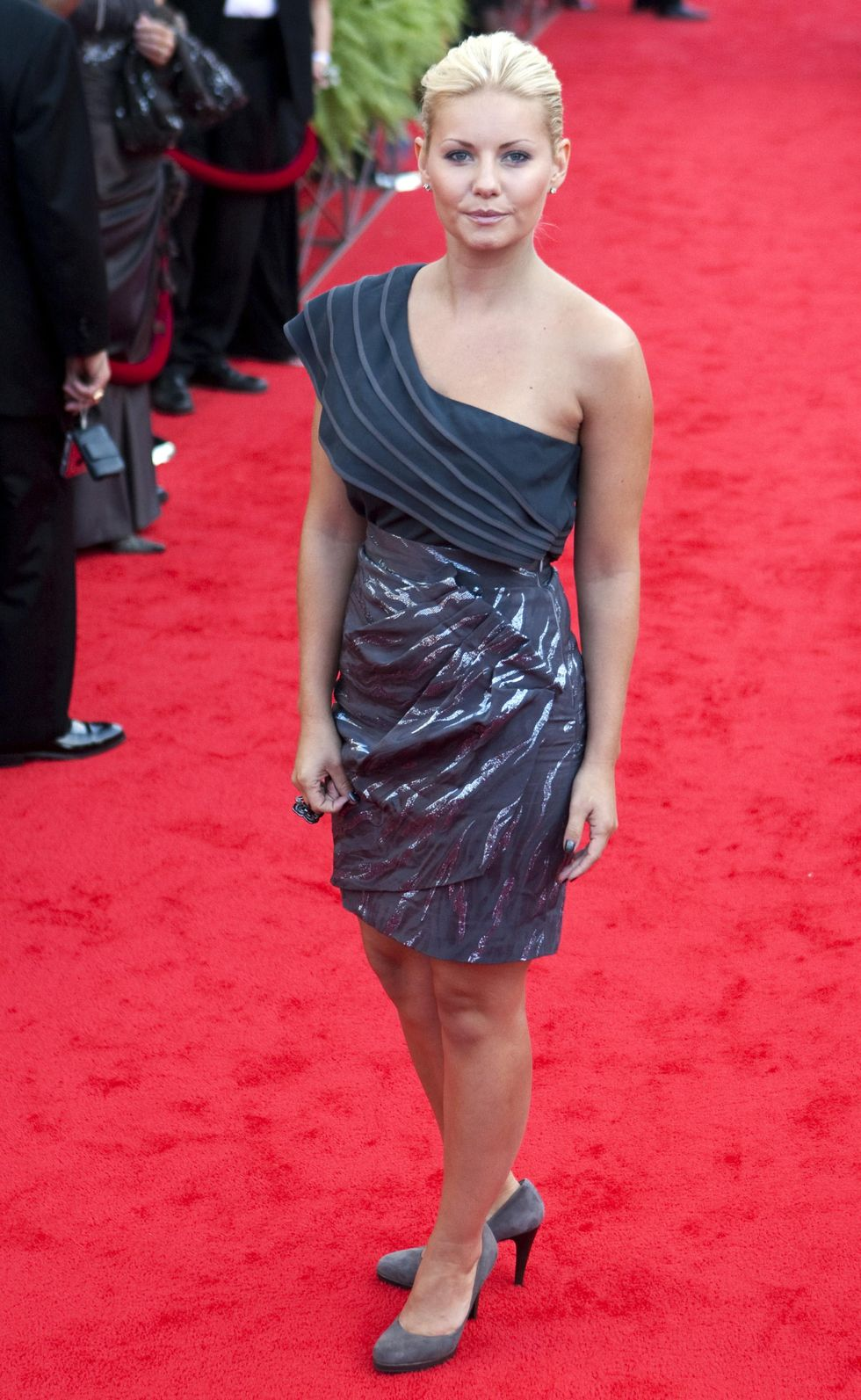 elisha-cuthbert-12th-annual-canadas-walk-of-fame-inductee-ceremony-01