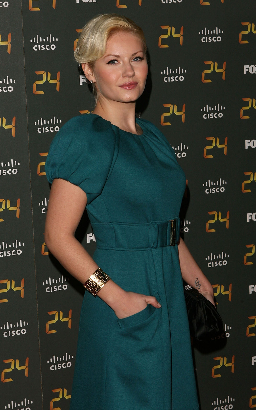 elisha-cuthbert-24-150th-episode-and-season-7-premiere-party-01