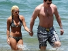 elisha-cuthbert-bikini-candids-at-the-beach-in-hawaii-04