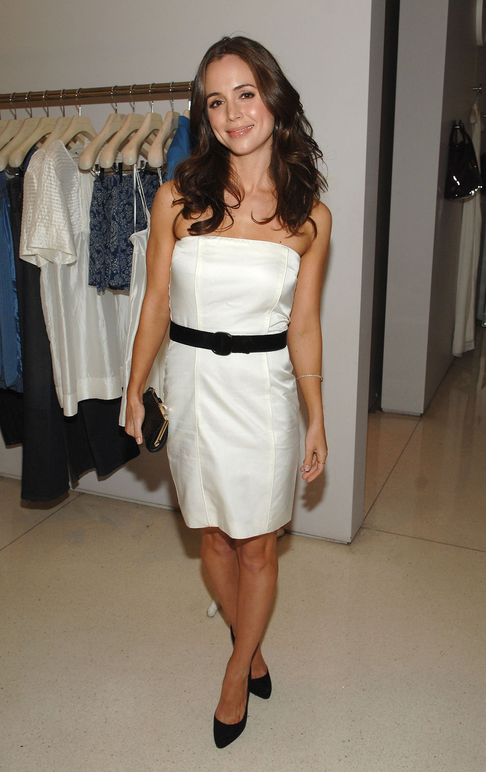 eliza-dushku-screening-of-the-party-at-the-stella-mccartney-boutique-01