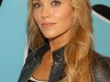 elizabeth-berkley-fuses-the-sauce-in-new-york-01