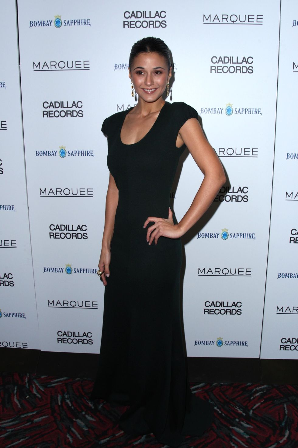 emmanuelle-chriqui-cadillac-records-premiere-in-new-york-city-01