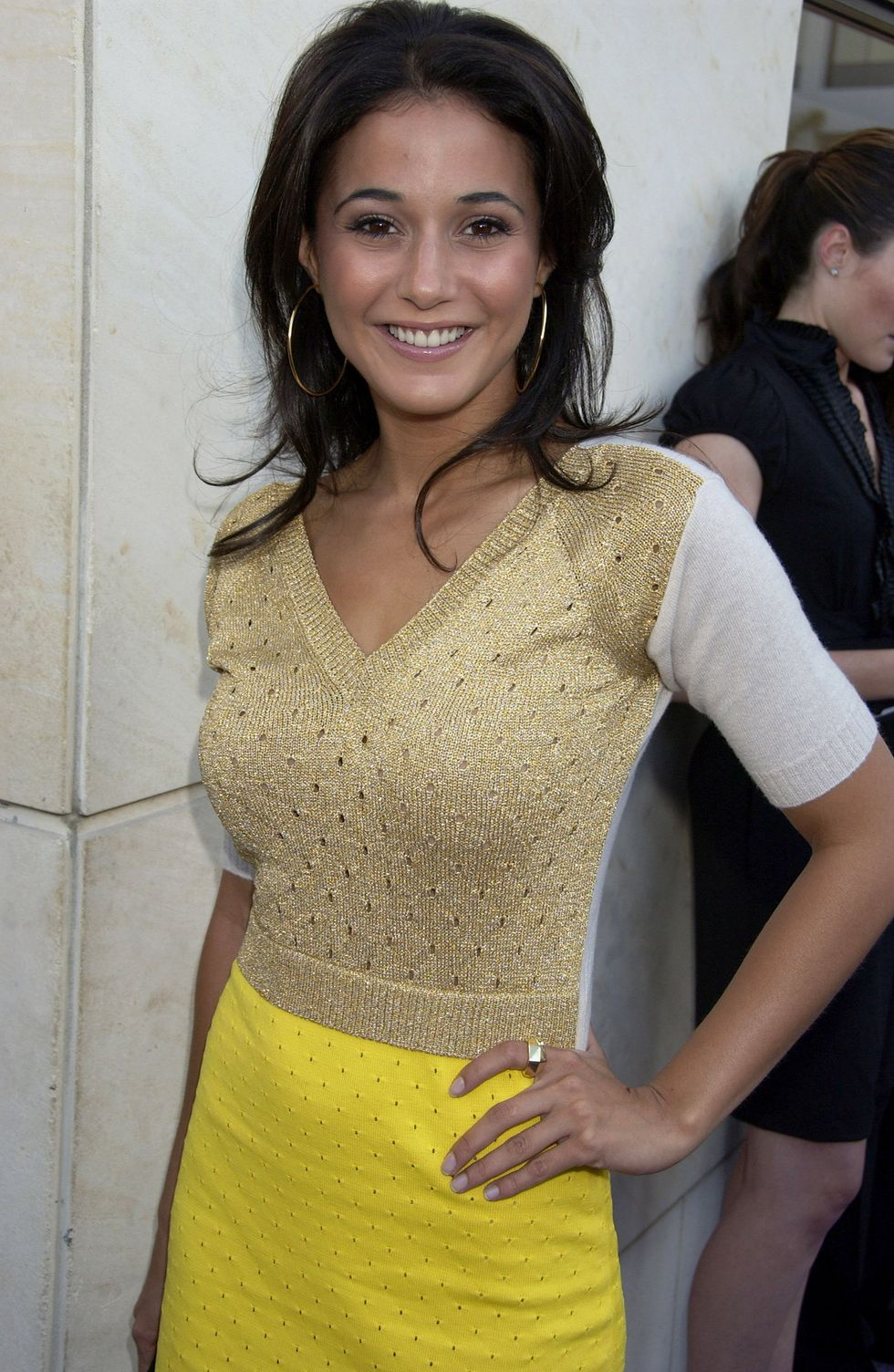 emmanuelle-chriqui-vanity-fair-party-hosted-by-louis-vuitton-in-beverly-hills-01