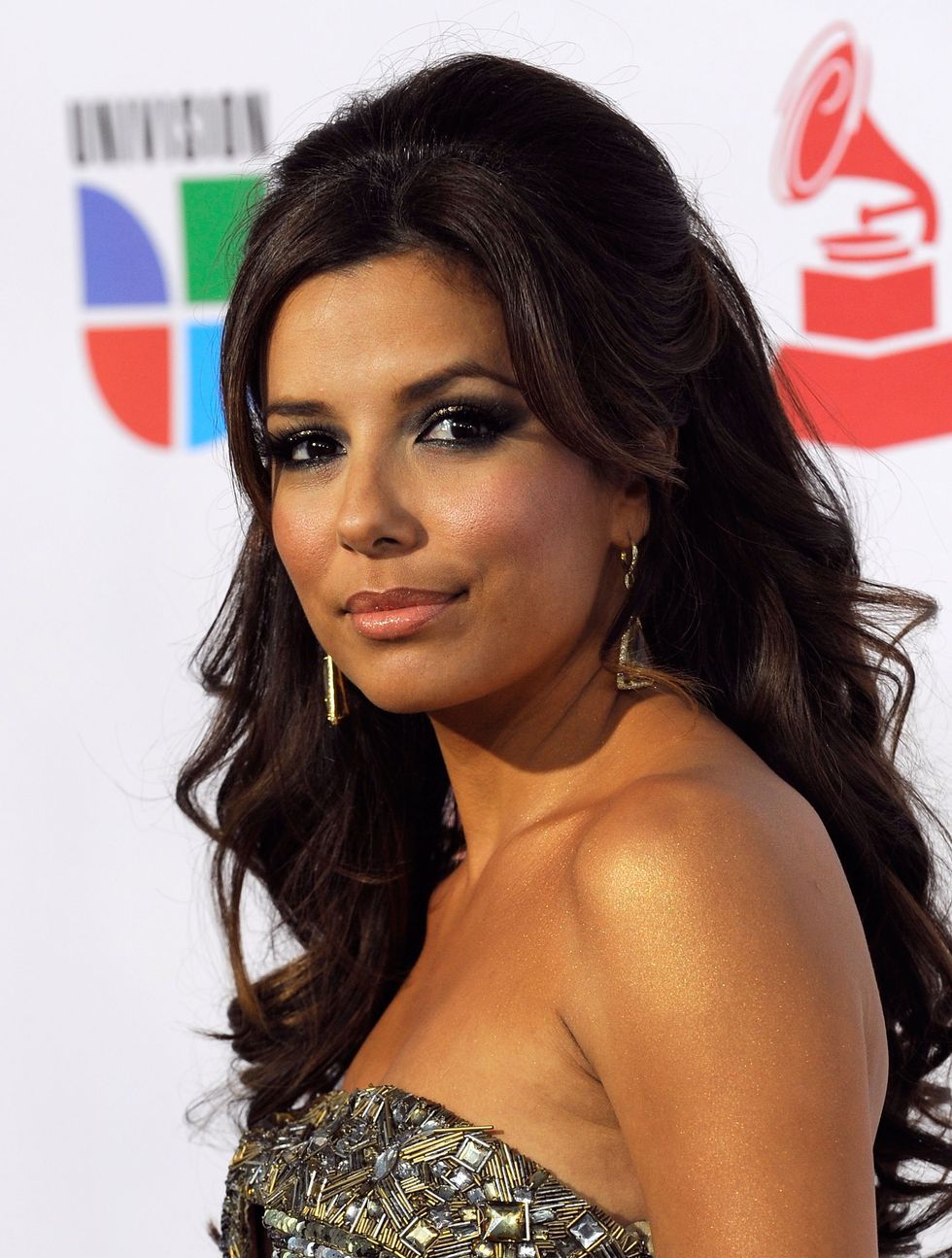 eva-longoria-10th-annual-latin-grammy-awards-01