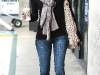 eva-longoria-candids-at-starbucks-in-hollywood-09