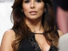 eva-longoria-cleavage-candids-at-nba-game-in-los-angeles-01