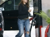 eva-mendes-at-a-gas-station-in-los-feliz-03