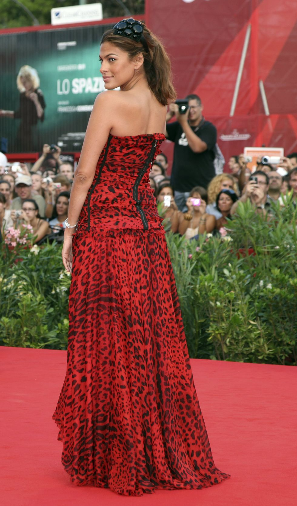 eva-mendes-baaria-screening-in-venice-01