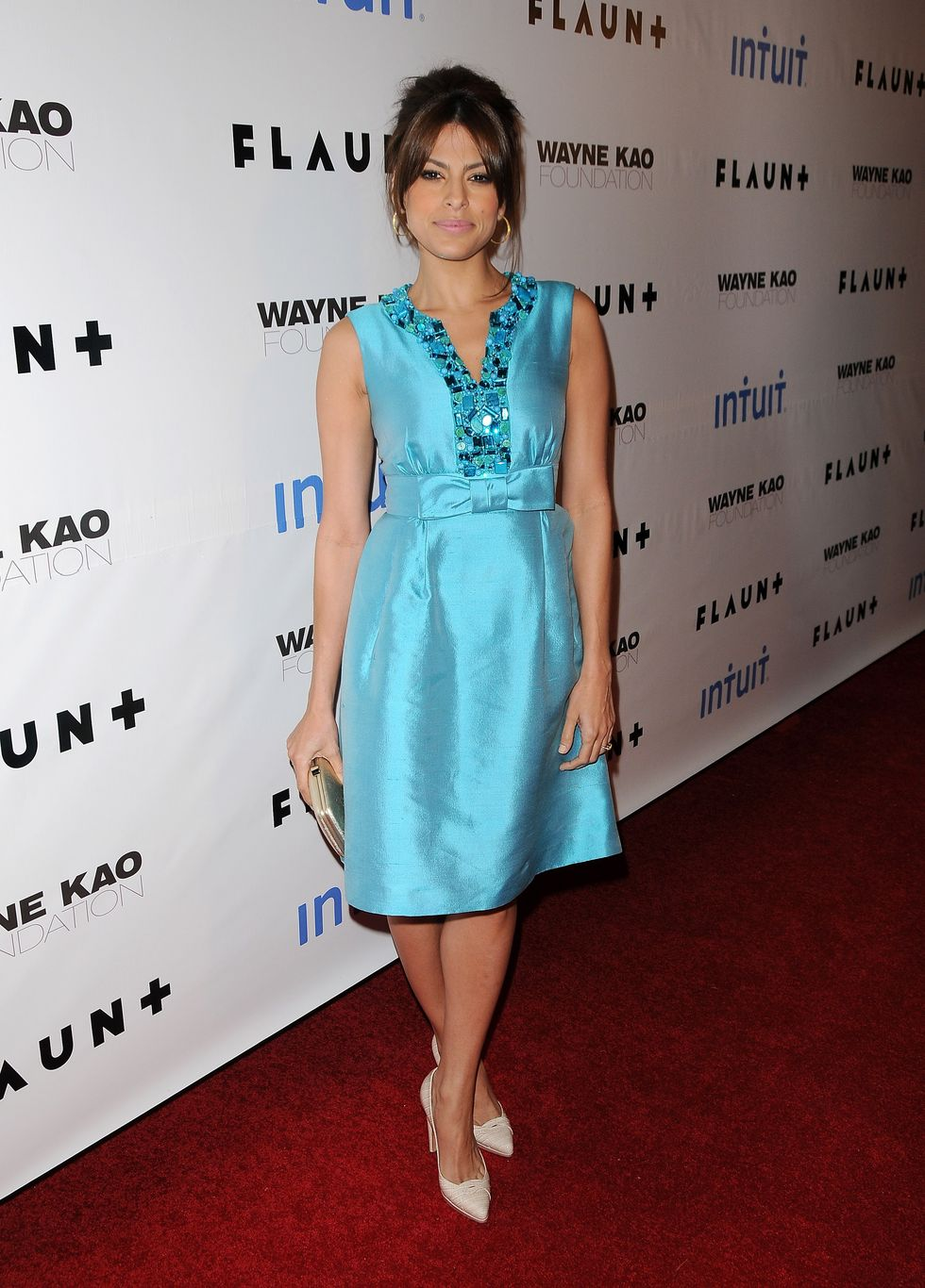 eva-mendes-flaunt-magazines-10th-anniversary-party-01