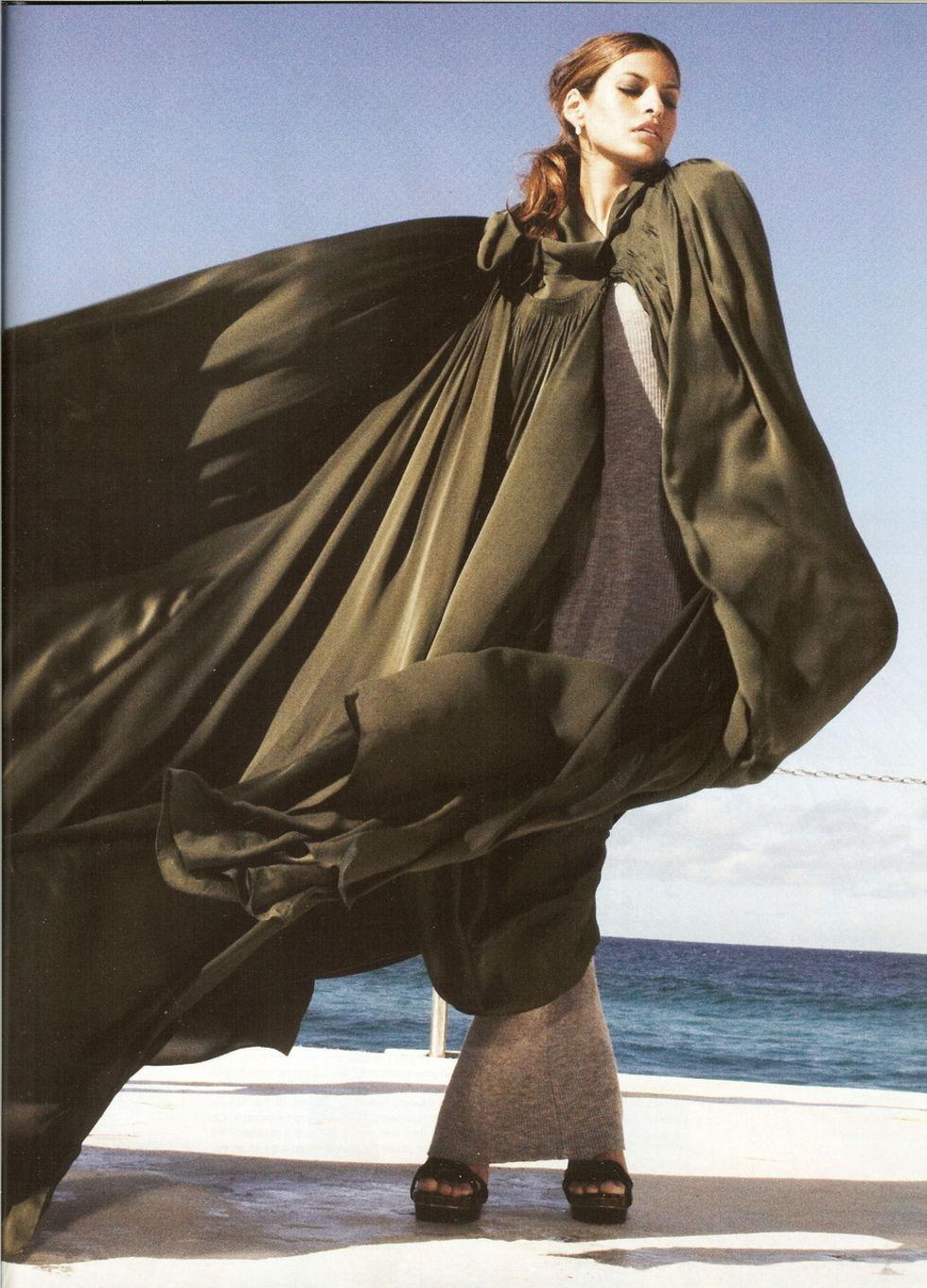 eva-mendes-harpers-bazaar-magazine-november-2008-01