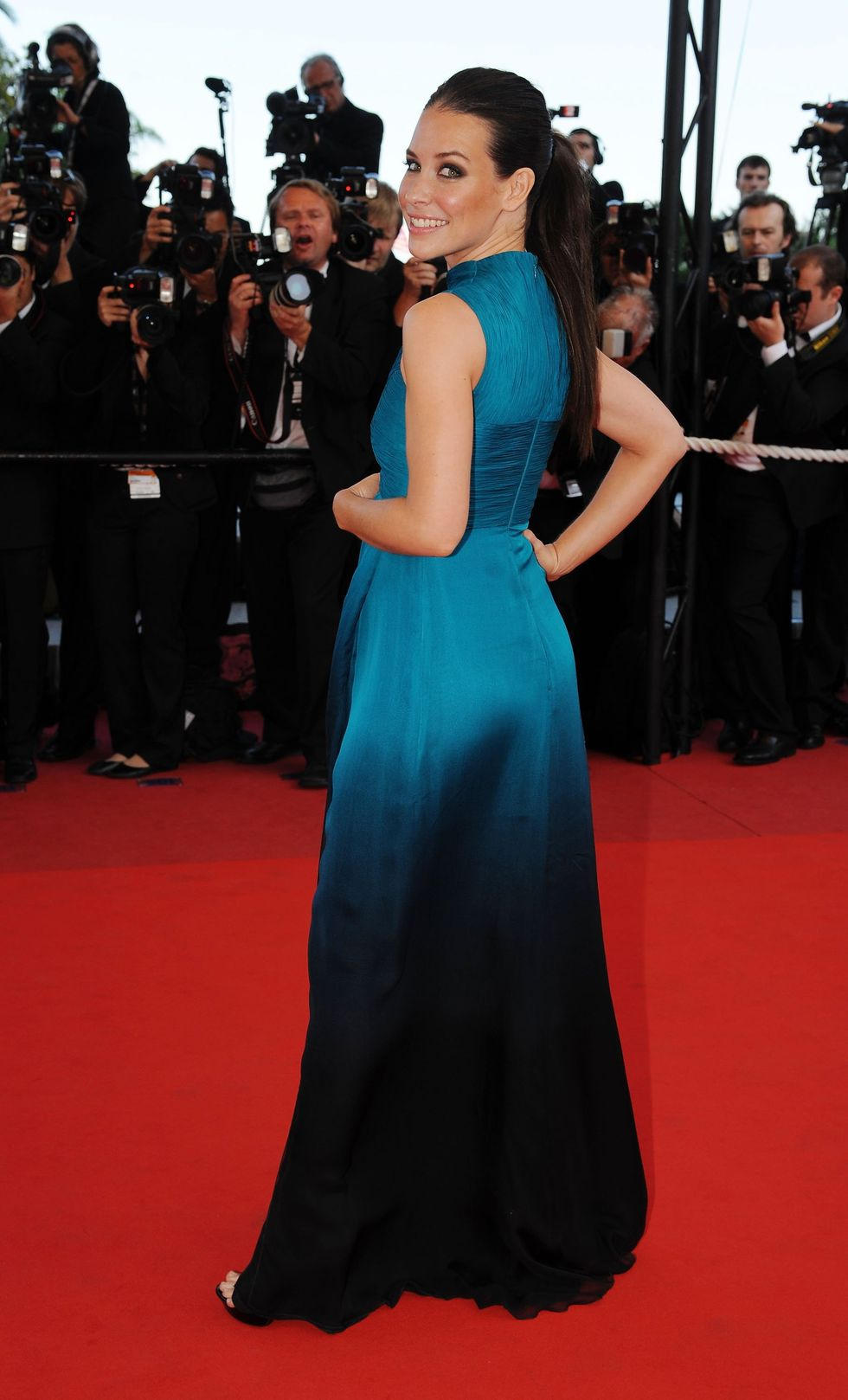evangeline-lilly-looking-for-eric-premiere-in-cannes-01