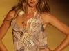 gisele-bundchen-colcci-fashion-show-in-sao-paolo-02