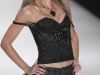 gisele-bundchen-colcci-winter-2009-show-at-sao-paulo-fashion-week-15