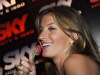 gisele-bundchen-sky-hdtv-launch-in-brazil-07