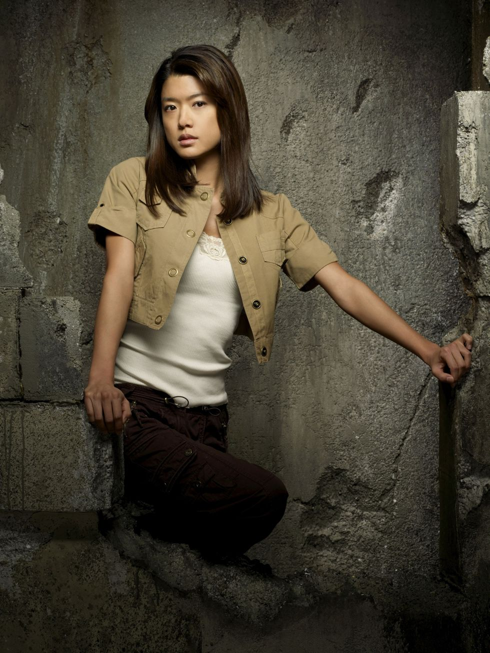 grace-park-and-tricia-helfer-battlestar-galactica-season-4-promos-01