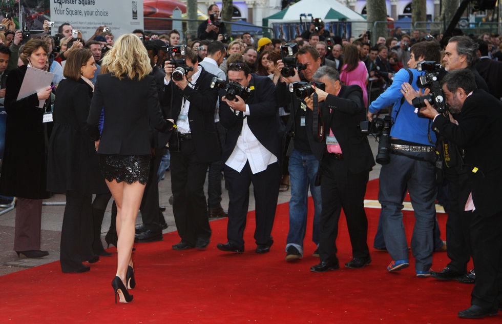 gwyneth-paltrow-iron-man-uk-premiere-in-london-08
