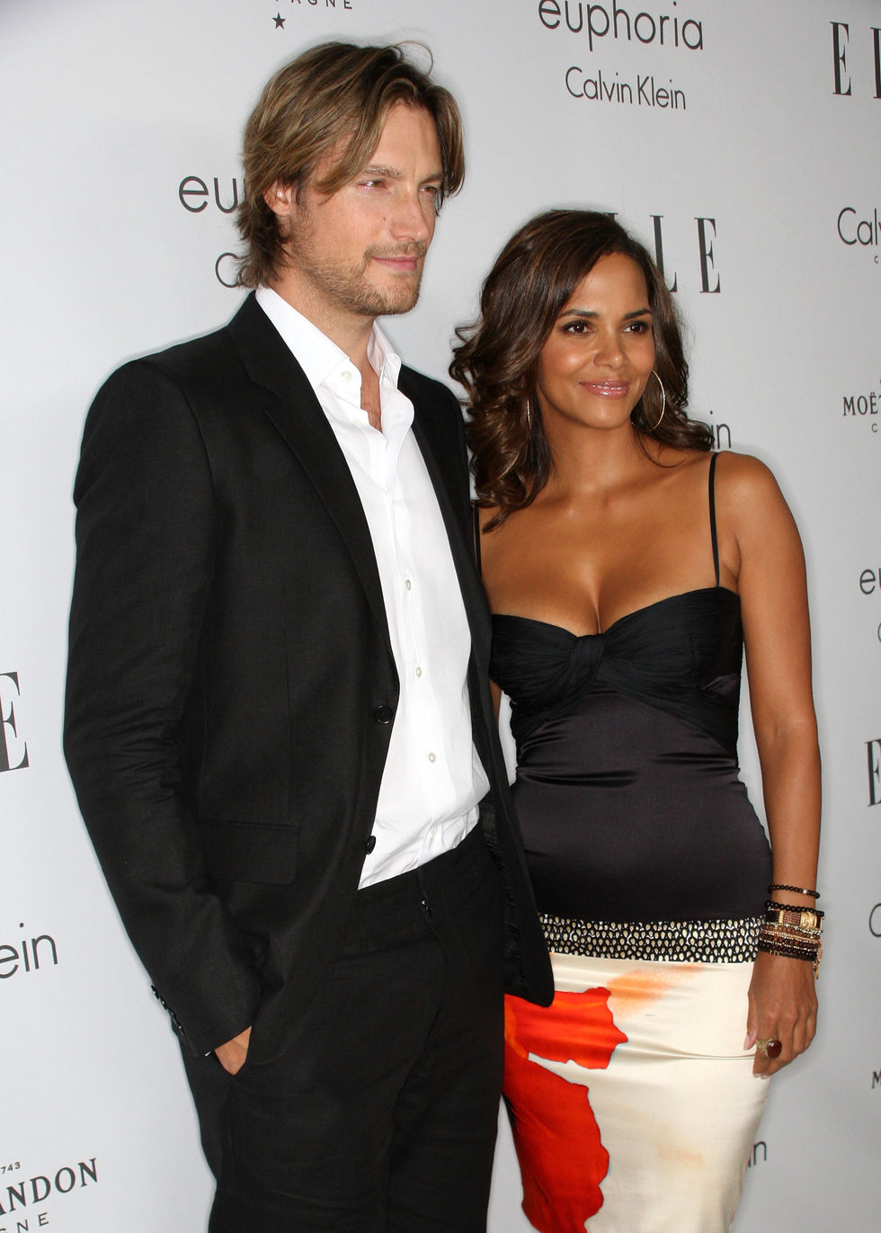 halle-berry-15th-annual-women-in-hollywood-tribute-in-beverly-hills-01