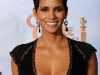 halle-berry-67th-annual-golden-globe-awards-17