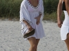 hayden-panettiere-at-the-beach-in-miami-15