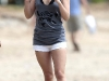 hayden-panettiere-candids-at-the-beach-in-hawaii-10