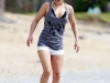 hayden-panettiere-candids-at-the-beach-in-hawaii-11