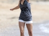 hayden-panettiere-candids-at-the-beach-in-hawaii-13