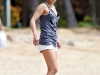 hayden-panettiere-candids-at-the-beach-in-hawaii-14
