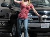 hayden-panettiere-candids-on-the-set-of-heroes-02