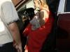 hayden-panettiere-cleavage-candids-at-orso-09