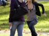 hayden-panettiere-cleavage-candids-on-heroes-set-02