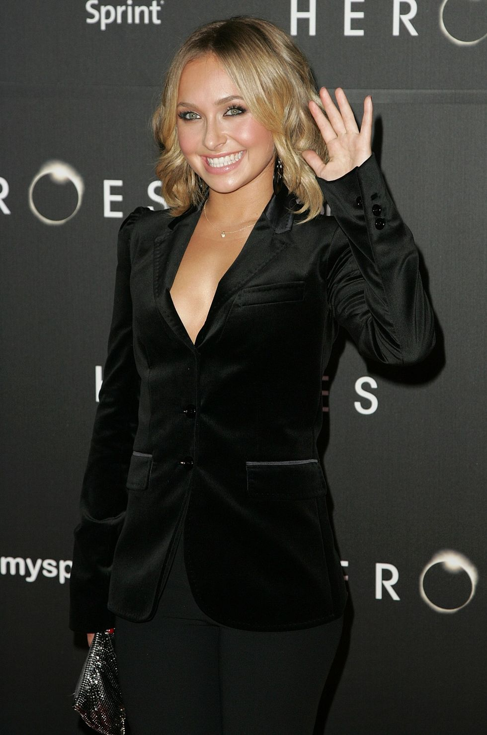 hayden-panettiere-heroes-countdown-to-the-premiere-party-in-los-angeles-01